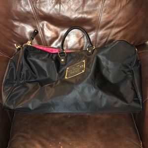 BRAND NEW VICTORIA'S SECRET BLACK OVERNIGHT BAG